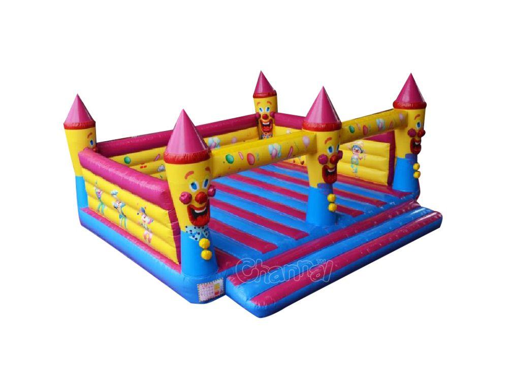 chateau gonflable anniversaire bouffon