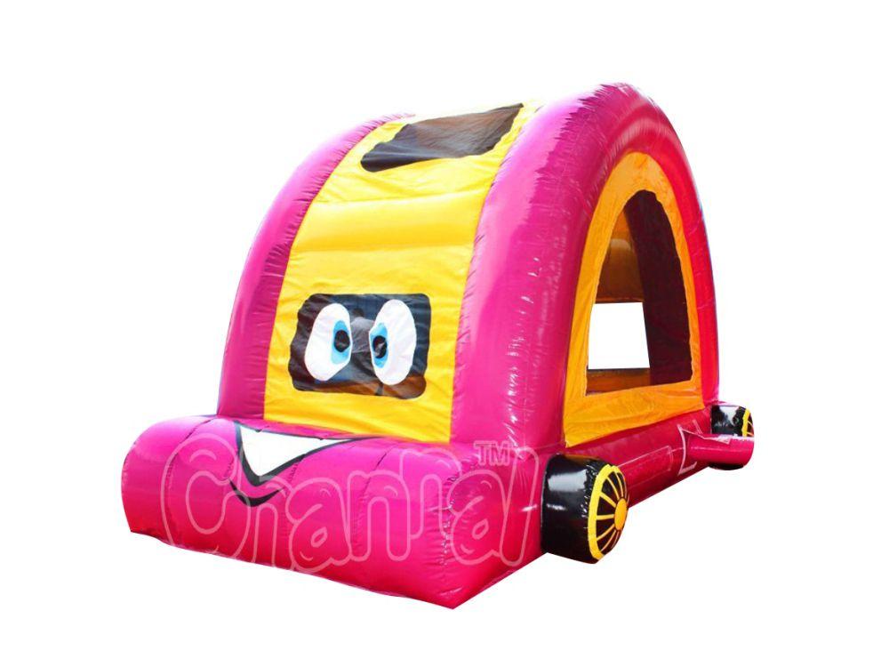 chateau gonflable voiture de dessin animé