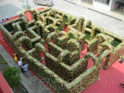 labyrinthe militaire gonflable géant